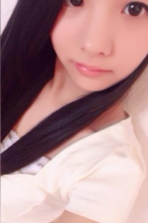 ゆいかちゃん(黒髪美少女)