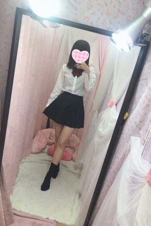 体験入店6/3初日きずな(JK中退年齢18歳)